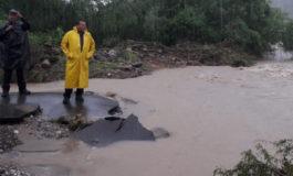 Alcalde de Álamos visita comunidades afectadas  por tormenta 19-E