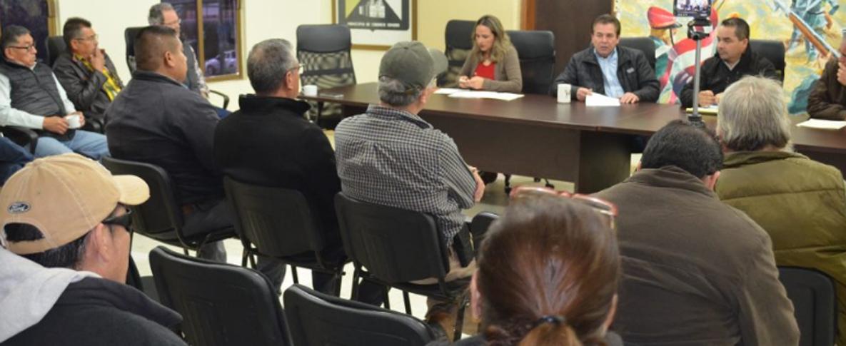 Se reúne Librado Macías con integrantes del Comité Ciudadano