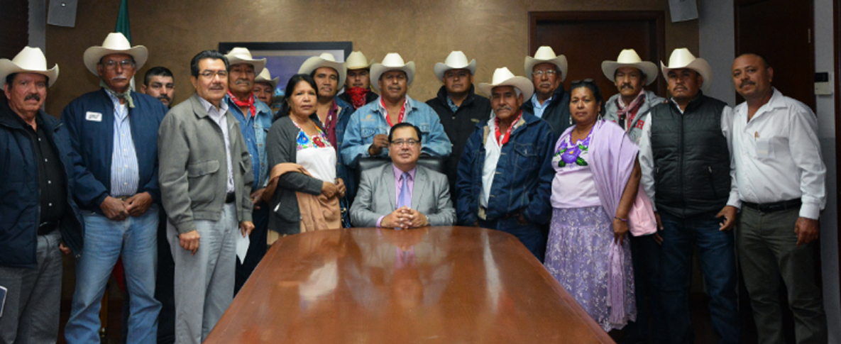 Refrenda Alcalde Lazos Con Autoridades De La Tribu Yaqui
