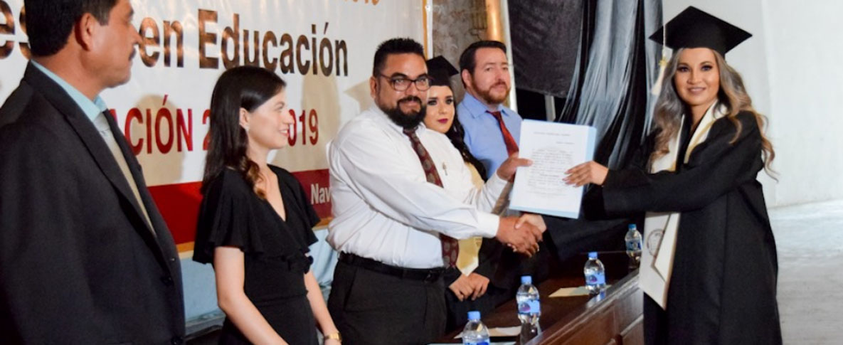 Atestigua Secretario del Ayuntamiento la ceremonia de graduación de 34 alumnos, de la Maestría en Educación Generación 2017- 2019