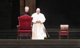 Papa Francisco cancela oficiar la misa de fin de año por malestares