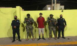 CAPTURAN  AGENTES A SUJETO CON ORDEN DE APREHENSIÓN POR DELITO DE ROBO CON VIOLENCIA