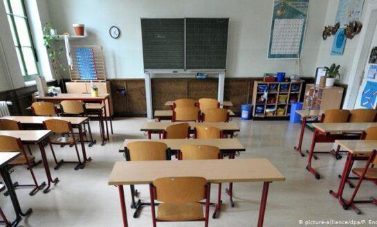 Escuelas de cinco estados podrían regresar a clases presenciales el 15 de mayo: López-Gatell