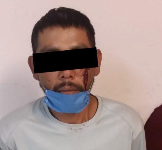 DETIENEN ELEMENTOS DE LA POLICÍA MUNICIPAL A SUJETO POR PRESUNTO INTENTO DE FEMINICIDIO