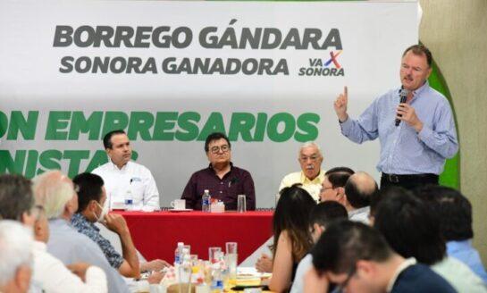 """Llama el """"Borrego"""" Gándara a empresarios y profesionistas a hacer equipo por Sonora"""