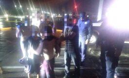 Rescatan a  persona atrapada en alcantarilla durante la lluvia nocturna en Hermosillo.