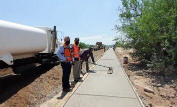 Avanza pavimentación del camino de acceso al Molino de Camou