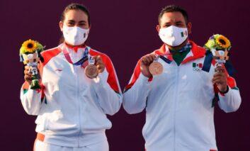 México gana la Primera medalla  en Tokio, con la dupla en Tiro con Arco Mixto,