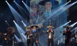 Alejandro Fernández dedica serenata a México y a su padre